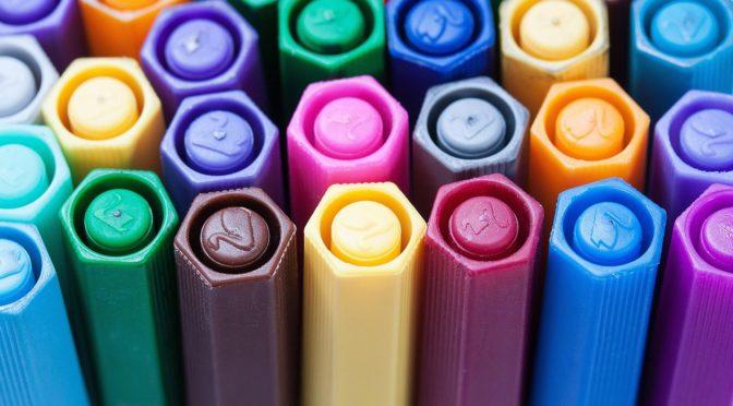 Des crayons pour PREVAL, des jeux pour les élèves…